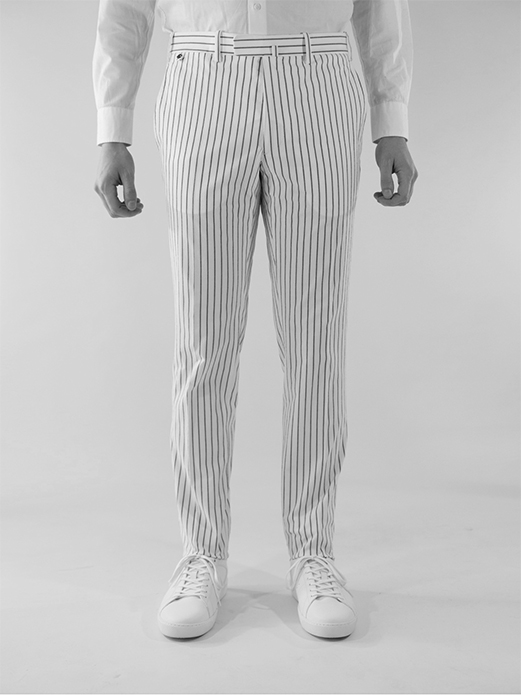 BZV3 fitted pants in railroad stripe seersucker